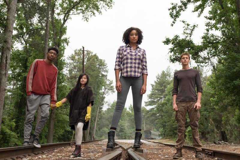 The Darkest Minds Trailer & Poster: The Next YA Revolution Begins