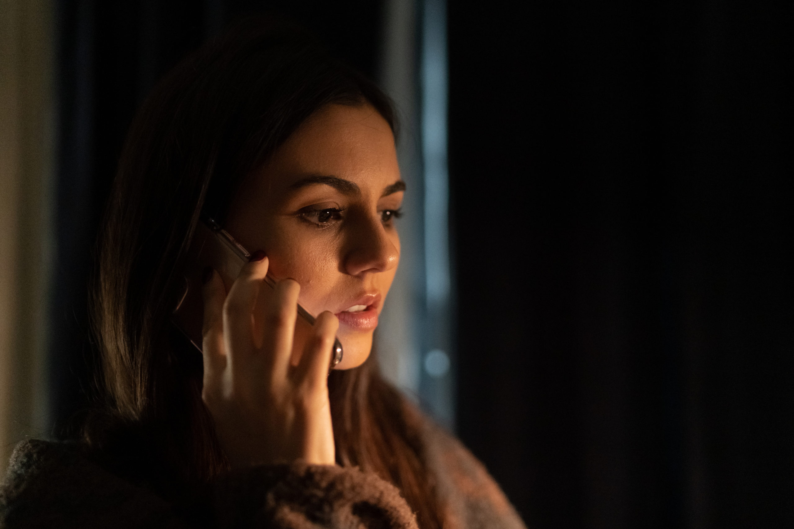 Trust Trailer Has Victoria Justice in an Infidelity Situation