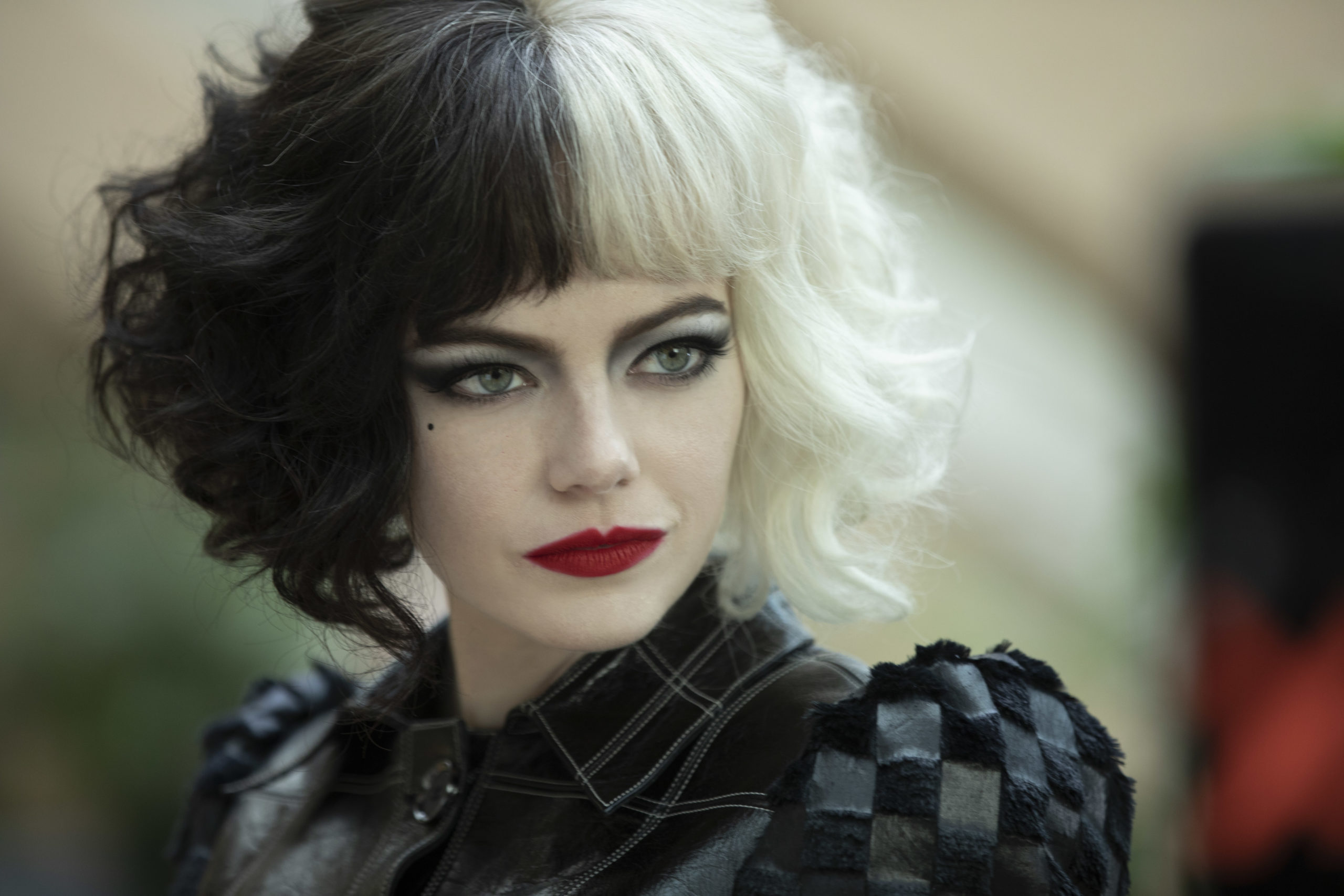"""Trailer For Disney's Cruella Shows A Young Woman That Is """"A Little Bit Mad"""""""